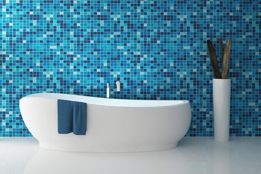 Blaue Fliesen im Bad