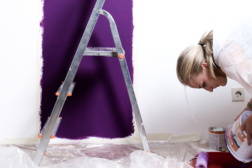 Wand streichen lila