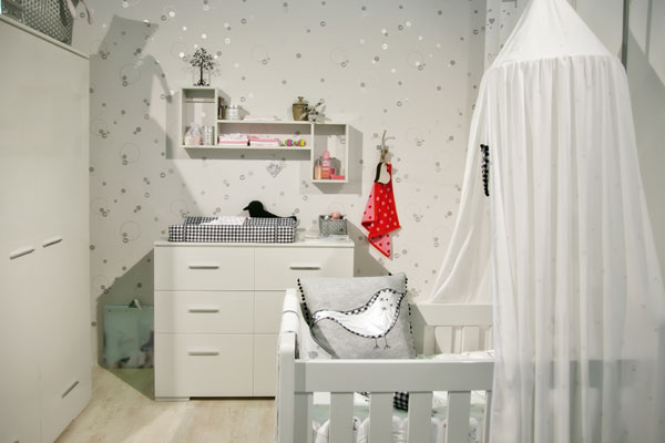 tipps babyzimmer gestaltung sicherheit baby zimmer struktur. Black Bedroom Furniture Sets. Home Design Ideas